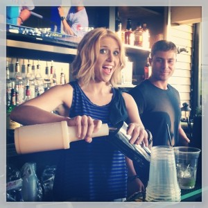 SPECIAL APPEARANCE | LOCAL SCHOOL FUNDRAISER  #GuestBartending! @WhiskeyProv for Project 106 FALL INTO SPORTS #Fundraiser! Come! http://t.co/LCIXp1nzwi (at Whiskey Republic)